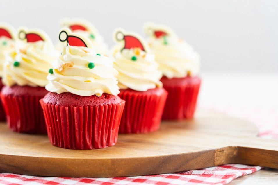 Red Velvet mikulás muffin