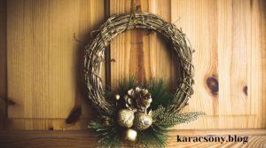 Karácsonyi ajtódísz szőlővesszőből